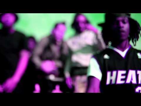 Threatz Feat. Yung Simmie & Robb Bank$