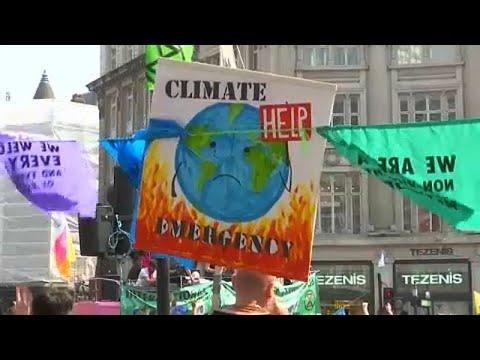 Großbritannien: Seit drei Tagen Klimaproteste in Lond ...