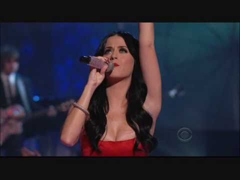 Katy Perry Roar HOTTEST LIVE PERFORMANCE
