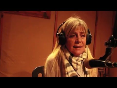 Documentalista Noemi Weis visitó CHHA 1610AM