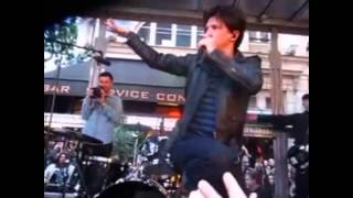 Indochine - 23.06.2013 - Concert Surprise devant le Grand Rex (multicam)