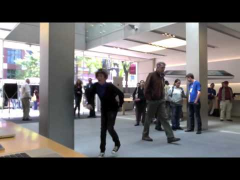 dancing at the apple store - NO COPYRIGHT INFRINGEMENT INTENDED** Song: Super Bass Artist: Nicki Minaj Follow me on twitter! http://twitter.com/trevormoran Buy the song here: http://it...