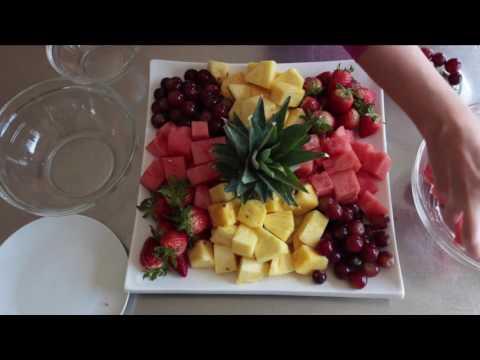 Super Impressive Throw-Together Fruit Platter For Easy Entertaining