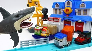 Video Giant Shark in The Brooms Harbor~! Robocar Friends It's Rescue Mission MP3, 3GP, MP4, WEBM, AVI, FLV Oktober 2018