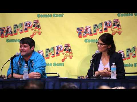 Lauren Cohan (Maggie Greene) Panel - Tampa Bay Comic Con (part 2)