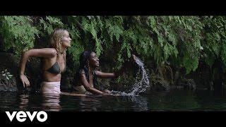 Afrojack - Wave Your Flag ft. Luis Fonsi