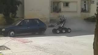 لحظة تفجير صندوق سيارة الإرهابيين بفاس
