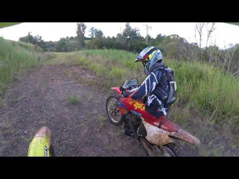 Trilha de moto rm 250 em Telemaco Borba 22/04/17 - pt final