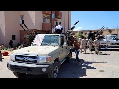 Λιβύη: Μάχες για τον έλεγχο του αεροδρομίου της Τρίπολης…
