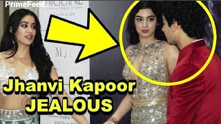 Video Jhanvi Kapoor JEALOUS Of Khushi Kapoor Getting Close To Ishaan Khattar MP3, 3GP, MP4, WEBM, AVI, FLV Maret 2019