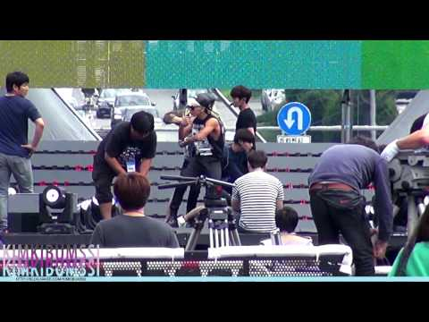 [HD fancam] 131006 Gangnam SHINee comeback showcase rehearsal – Dream girl + Sherlock