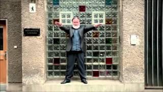 Friedrich Liechtenstein is Happy (Pharrell Williams) supergeil ;-) --- Tonmaterial: http://www.youtube.com/watch?v=2B3TlL16W2k...