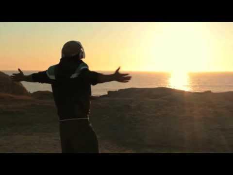 """Julio Torres – """"Yo"""" [Videoclip]"""