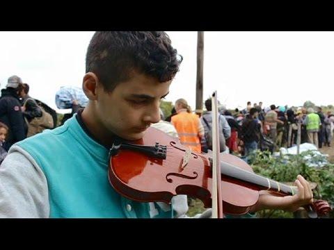 Μικρές καθημερινές ιστορίες στο δρόμο της προσφυγιάς
