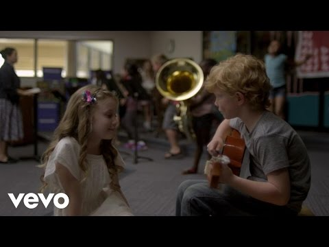 taylor - Music video by Taylor Swift performing Everything Has Changed. (C) 2013 Big Machine Records, LLC.