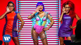 Anitta - Na Batida (Clipe Oficial) - YouTube