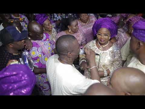 WHEN IYALOJA OF LAGOS COULD NOT RESIST  DANCING TO K1 DE ULTIMATE CLASSIC MUSIC