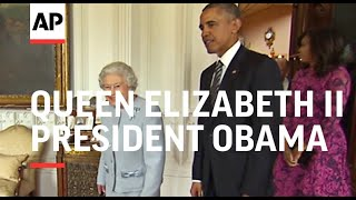 Video Obama meets Queen Elizabeth II at Windsor Castle MP3, 3GP, MP4, WEBM, AVI, FLV Januari 2018