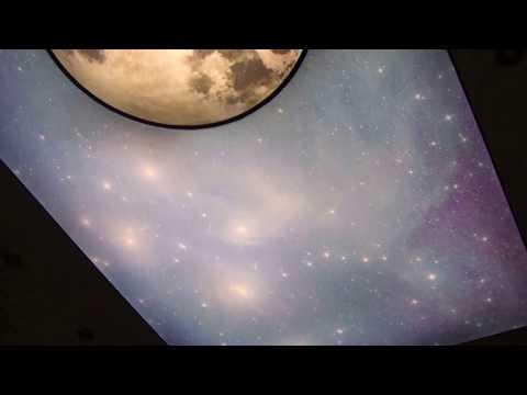Sufit napinany z nadrukiem-zdjęciem, ledowe podświetlenie sufitu, oświetlenie do sufitu