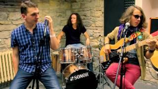 Video Sirotčinec - Co tě sere (akusticky)
