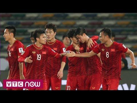 Tuyển Việt Nam vẫn vô địch trong lòng dân mạng | VTC1 - Thời lượng: 97 giây.