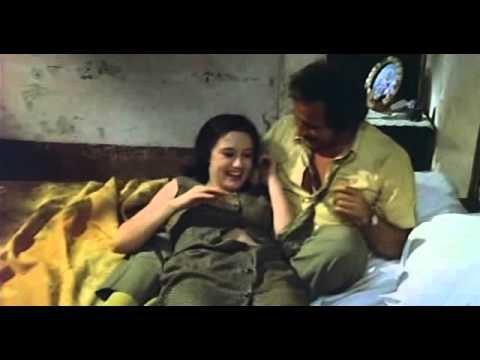 hot scene with hot beautiful actress مشهد مثير