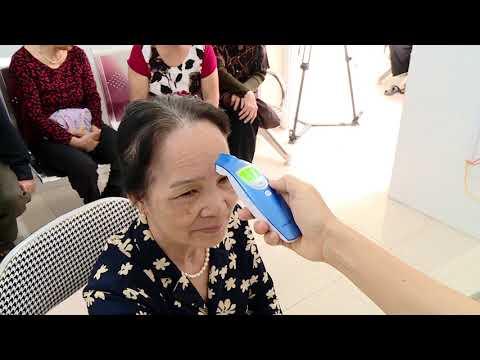 Bộ trưởng Bộ Y tế kiểm tra tại trạm y tế xã Tân Hội