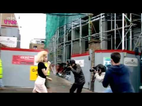 BBC Clip on Paparazzi Hunting Amy Winehouse
