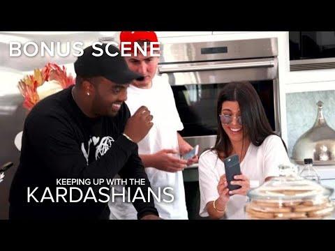 KUWTK   Kourtney Kardashian Accidentally Snapchats From Friend's Phone!   E!