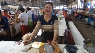 Pakse Laos  City pictures : Pakse, Laos, Huge Market Talat Dao Heuang