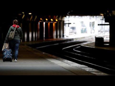 Γαλλία: Πλήγμα στον τουρισμό από τις απεργίες
