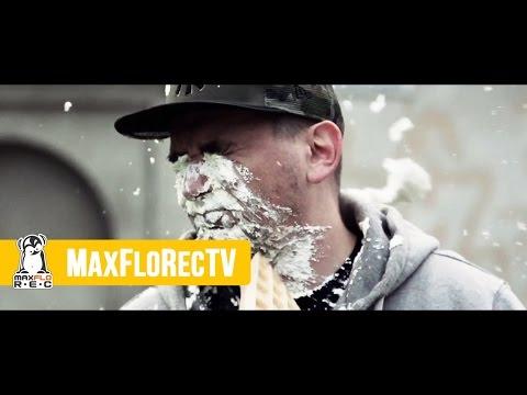 """ZAMÓW ALBUM: http://sklep.maxflo.pl/pl_PL/p/Jarecki-BRK-Punkt-widzenia/415ZAMÓW SINGIEL JAKO MP3: http://sklep.maxflo.pl/pl/p/Jarecki-BRK-S.O.S/416MaxFloRec prezentuje """"S.O.S"""" - pierwszy klip zwiastujący album Jareckiego i BRK zatytułowany PUNKT WIDZEN"""