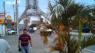 Guatemala City Guatemala  city images : Walking downtown Guatemala City