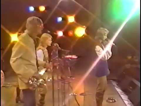 Blue Swede - Hooked On A Feeling  (1974 - HQ - Live)
