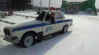 Narrow russian police car will amaze you!
