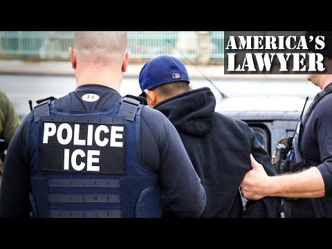Private Prisons Are Using ICE Detainees In Violation Of Anti-Slavery Laws (видео)