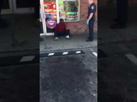 Man goes Zombie in Lexington Ky OD on Serenity Drug (видео)