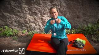 Taping for a Split or Thin Tips by Metolius Climbing