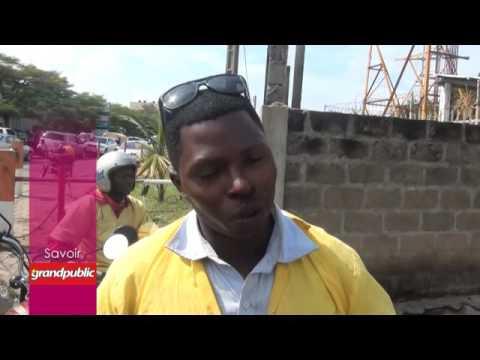 Lavage à ciel ouvert à Cotonou : dans l'univers des zém SDF