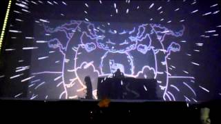 Flying Lotus live with 3D (?) visuals