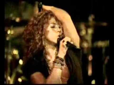 Tekst piosenki Shakira - Quiero mas po polsku