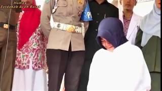 Video Pelaksanaan Hukuman Cambuk tahap II (dua), Salah satunya Perempuan MP3, 3GP, MP4, WEBM, AVI, FLV Oktober 2018
