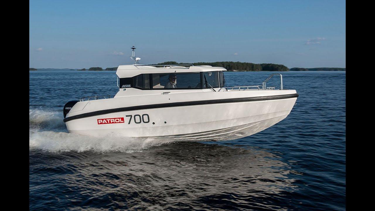 Морской всепогодный катер для рыбалки и отдыха Bella 700 Patrol с подвесным мотором Mercury FourStroke 150 л.с.
