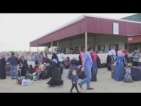 Αίγυπτος: Άνοιξε για λίγο τα σύνορα με τη Λωρίδα της Γάζας