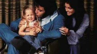 Elvis Presley - Don't Cry Daddy (with family pictures)