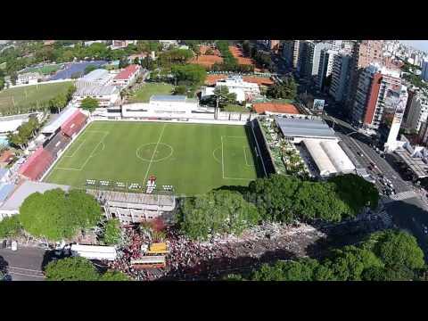 Fecha 42 - Recibimiento a los jugadores Defensores de Belgrano - La Barra del Dragón - Defensores de Belgrano