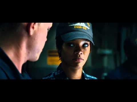 "Battleship - Clip: ""Hopper and crew investigate a captured alien"""