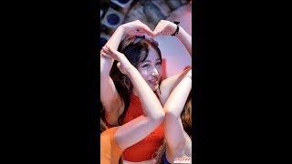 Download Lagu 170818 댄스팀 해피니스 (사랑, Happiness) - 나랑 사귈래 (다이아) @ 동대문 밀리오레 직캠 By SSoLEE Mp3