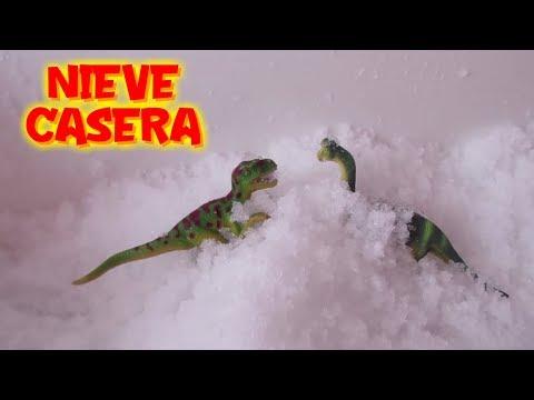 Videos caseros - Experimento Dino y Claudio hacen nieve casera en la bañera  Vídeos de dinosaurios para niños