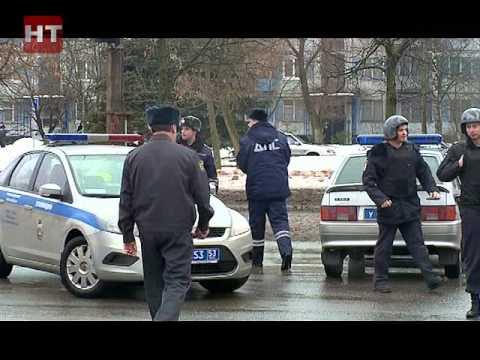Оперативные службы Великого Новгорода были вызваны в один из магазинов на улице Ломоносова
